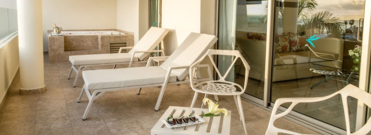 Premium suite ocean or garden view with whirpool bath privilege aluxes hotel isla mujeres