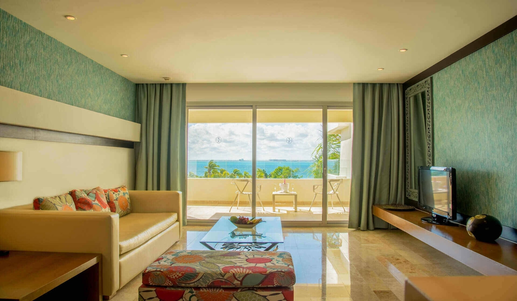 Premium suite ocean or garden view with whirlpool bath privilege aluxes hotel isla mujeres